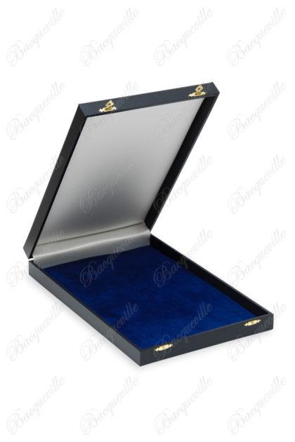 Écrin en écorel bleu marine